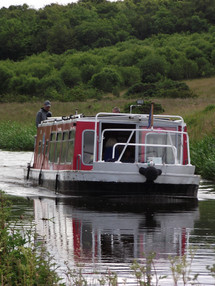 Pleasure boat on Union Canal