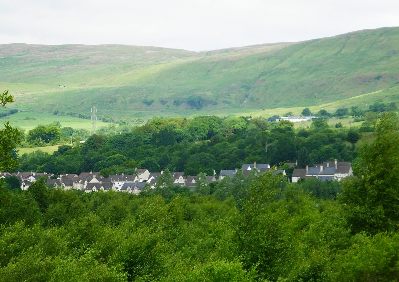 View over to Queenzieburn
