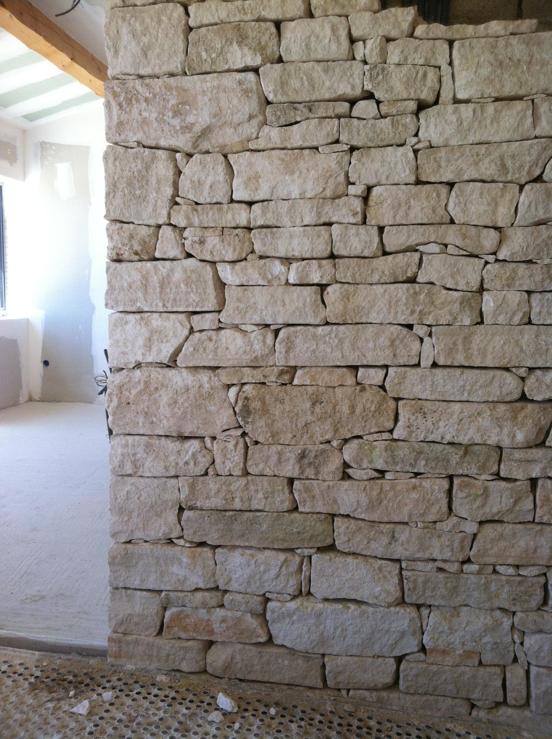 arte pierre et parement en pierre s che arte pierre. Black Bedroom Furniture Sets. Home Design Ideas