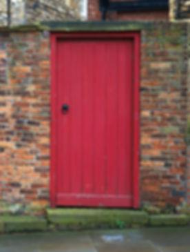brickwalls-doors-entrance-350626_edited.