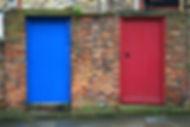 brickwalls-doors-entrance-350626.jpg