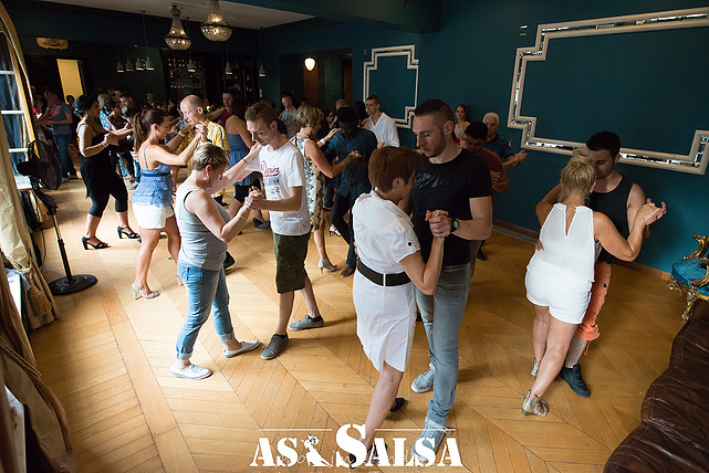 Latin Sundays 2015