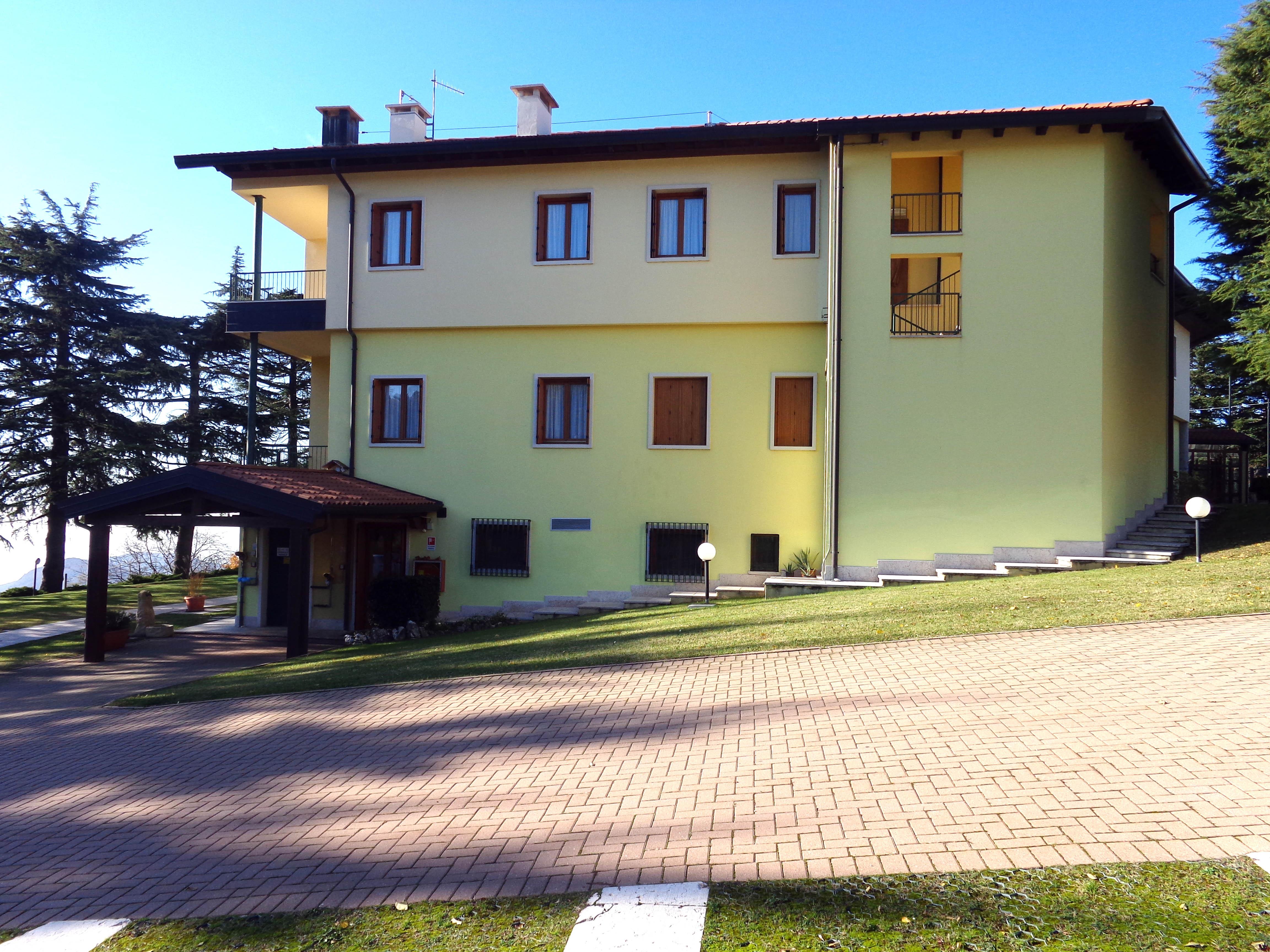 casa - lato est
