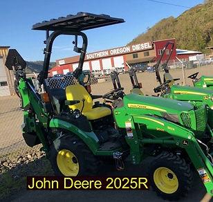 John Deere 2025R wix.jpg