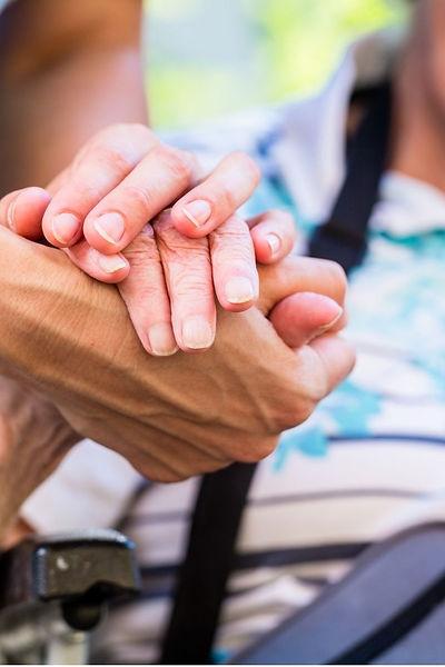 Pflegebericht_ Pflegebedürftige erhalten
