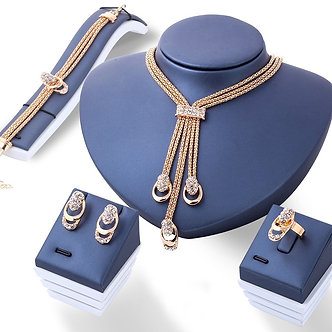 4Pcs/Set Gold Crystal Necklace Bracelet Ring Earrings Fashion Jewelry Women