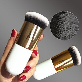 1pcs New Chubby Pier Foundation Brush Makeup Brush Flat Cream Make Up