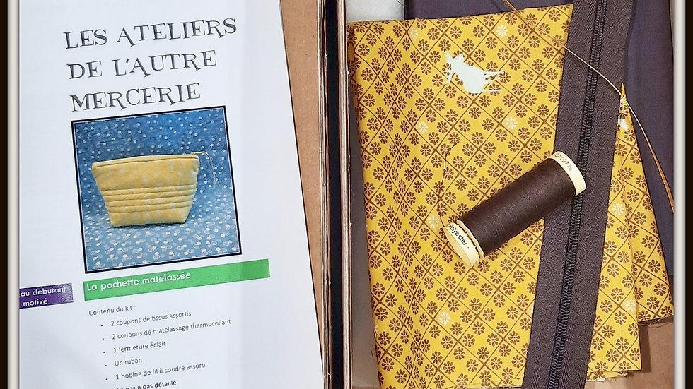 Box trousse matelassée moutarde/chocolat