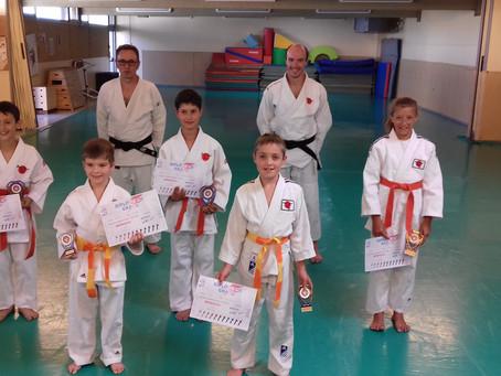 Remise de ceinture pour les judokas