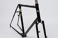 "Kibo frameset with 1 1/8"" threadless steerer for an ahead stem"