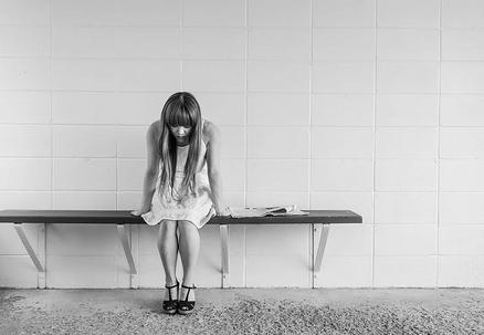 5 sintomas de que você está reprimindo suas emoções