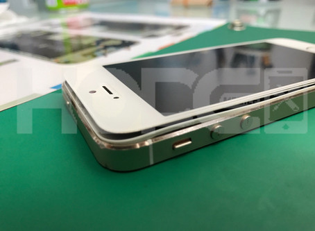 iPhone5S バッテリー膨張