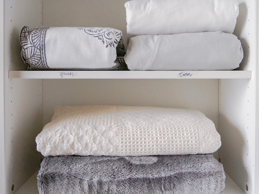 An easy system for keeping your linens organized