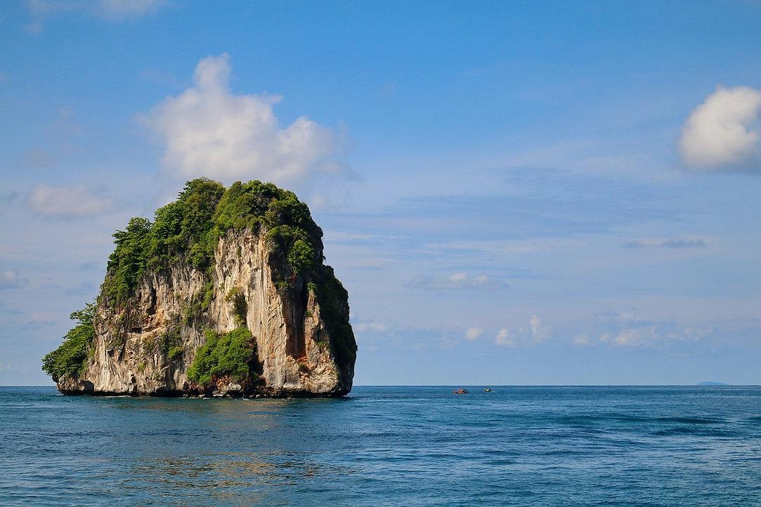 phi-phi-islands-2785741_1280.jpg
