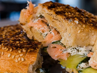 Découvrez notre bagel saumon cream cheese ! 🥯