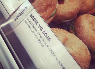Delicious 😋 !!!Venez découvrir notre nouvelle recette de bagel veggie :  Pain au sésame, steak de s