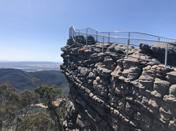 Need help planning your visit to the Grampians?
