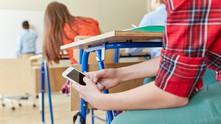 10 способов примирить смартфоны и школу: советуют учителя