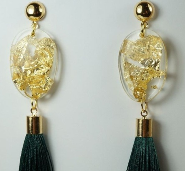Gold leaf and emerald tassels