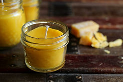 how-to-make-beeswax-candles-3.jpg