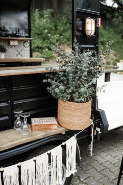 Makramee-Wimpelkette, Holzbox