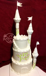 3-Tier white fondant 'Fairy tale castle' wedding cake
