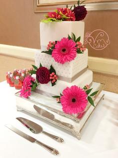 3-tier square fondant w/ Calla Lilies & fresh flowers
