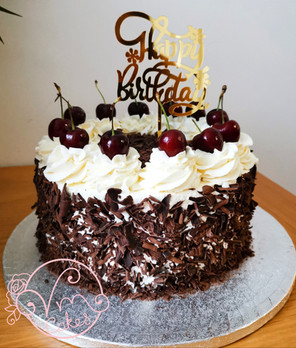 Piped Buttercream Cakes