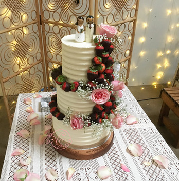 3-tier Rustic buttercream w/ Choc dipped strawberries