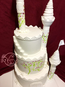 3-Tier white fondant 'Fairy tale castle' wedding cake