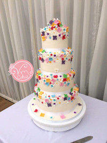 4-tier fondant w/ sugar flowers