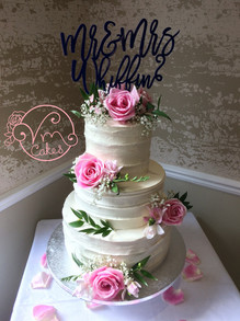 3-tier Rustic buttercream w/ fresh flowers