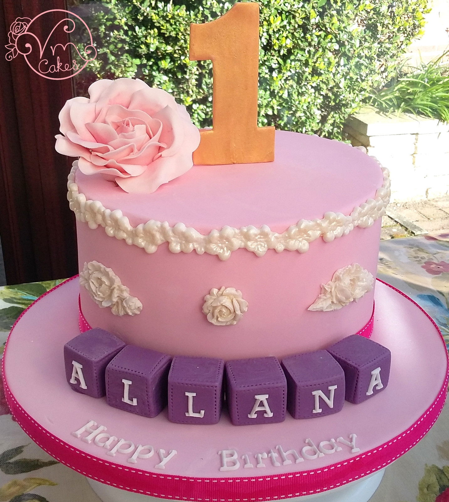 VM Cakes | Celebratory Cakes in Norwich