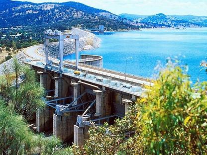 CNFA Solutions by Design Wyangala Dam Radial gates