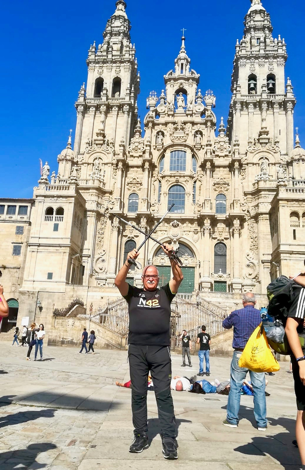 N42 around the world: Italian nordic walking marathon's official t-shirt in Santiago De Compostela