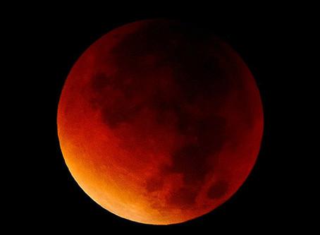 Camminata al rosso di luna