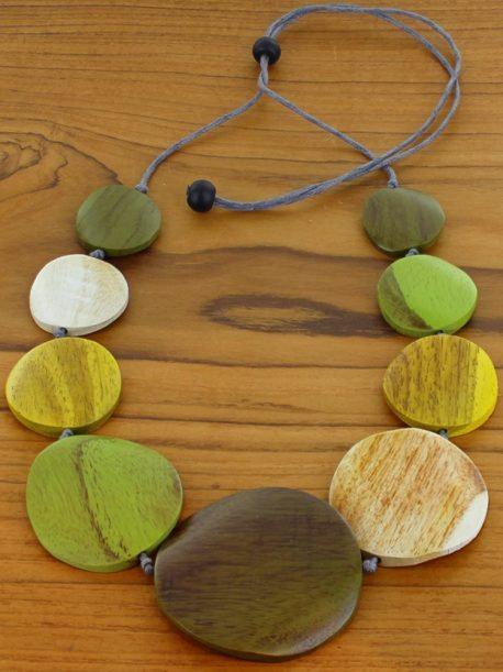 Graduated Wooden Disc Necklace (Adjustable)