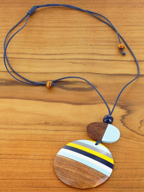 Resin & Wood Disc Pendant Necklace £4.90