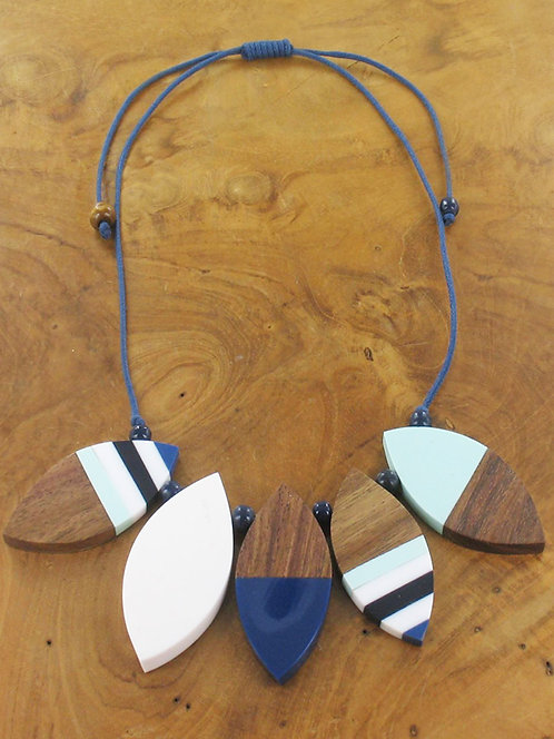 Short Resin & Wood Petal Necklace