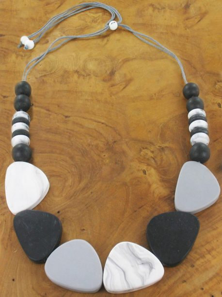 Resin Pebble And Disc Necklace – Monochrome (Adjustable)