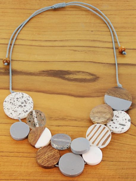 Mixed Resin & Wood Disc Collar Necklace