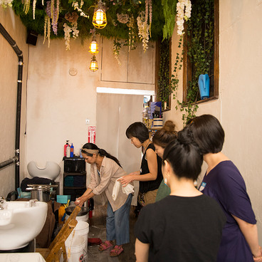 Bundle Dyeing Workshop at the New End hair salon