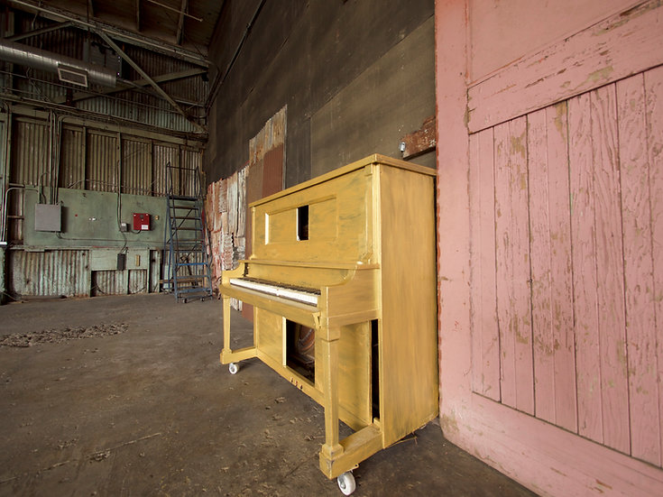 Gold Piano Upright