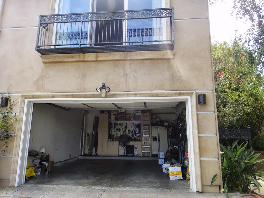 House 3 garage interior