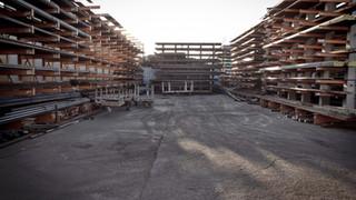 Metal Warehouse - Studios 60