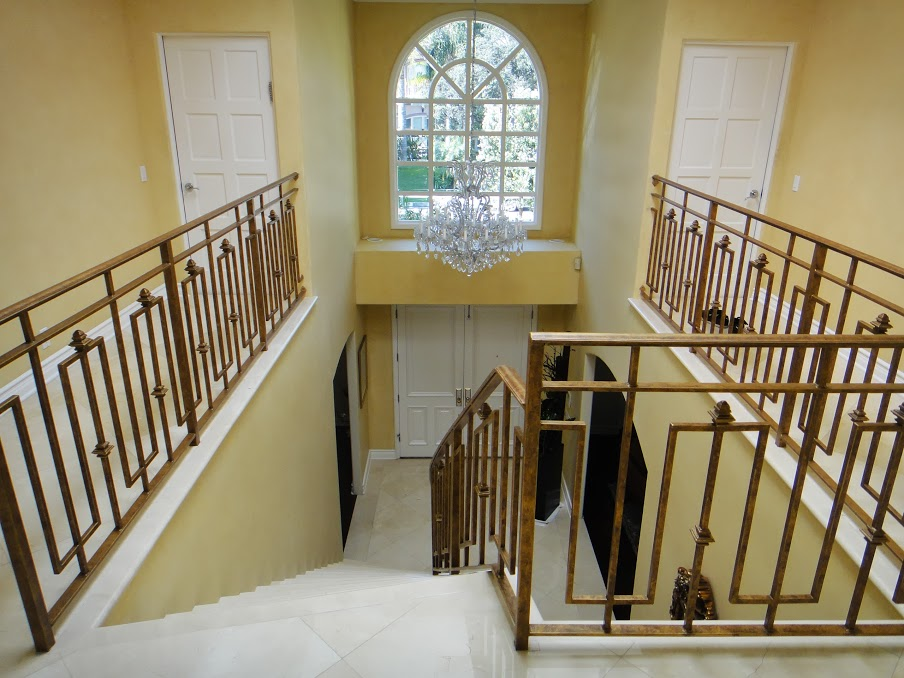 House 7 stair case