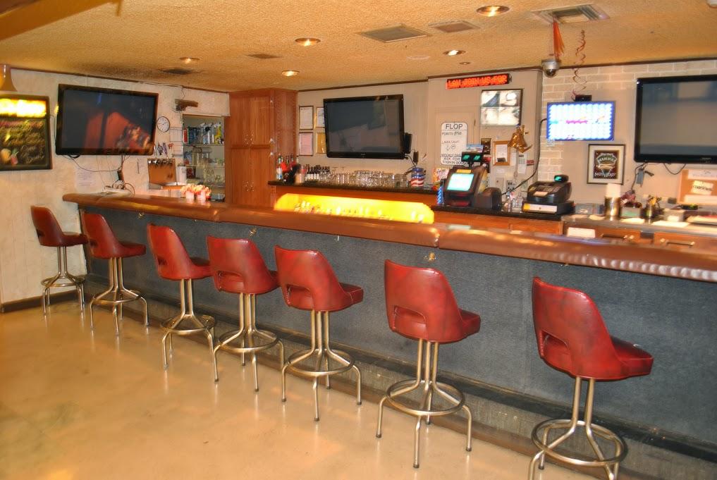 Bar Club 03