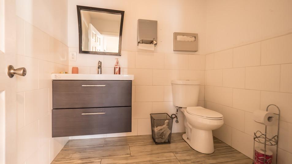 H2OStage-Bathroom2
