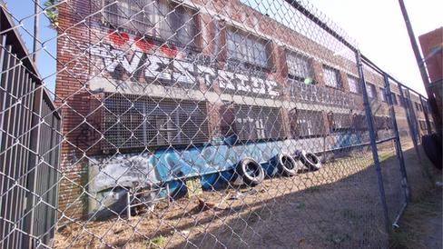 Brick House Studios LA Alley Stage