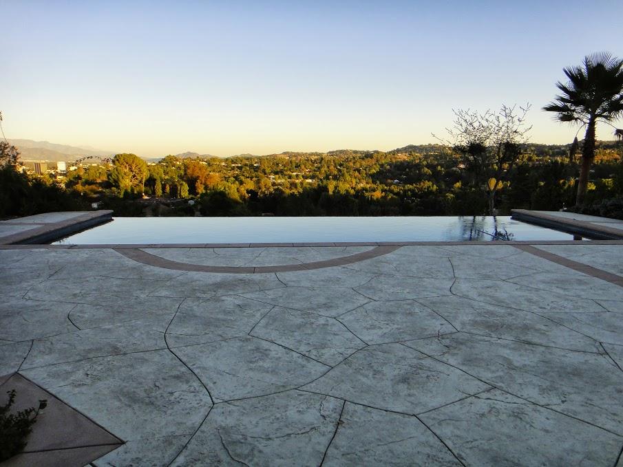 House 3 pool